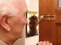 door_chain_mirror